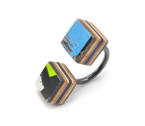 Double Cube Ring