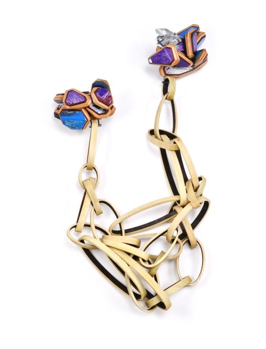 UrA:SII Brooch Chain